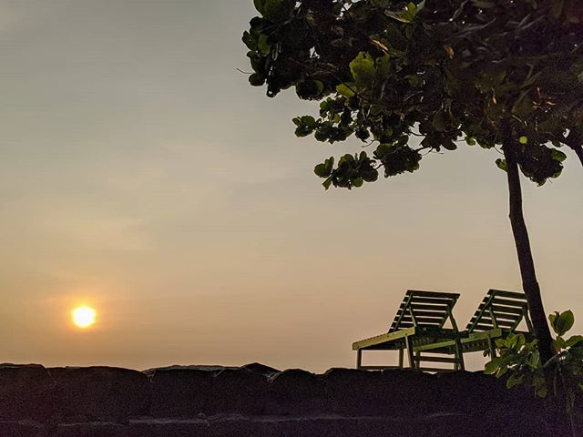 Sunset at Cherai Beach.  #sunset #cherai #cheraibeach #kerala #godsowncountry #india #incredibleindia #landscapephotography #landscape #nature #amateurphotographer #amateurphotography #photographer #photography
