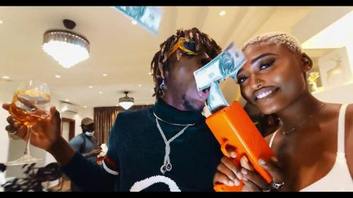 Kofi Mole – Top Shella (Official Video)