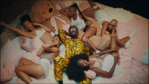 Mr Eazi – Lento feat. J Balvin (Official Video)
