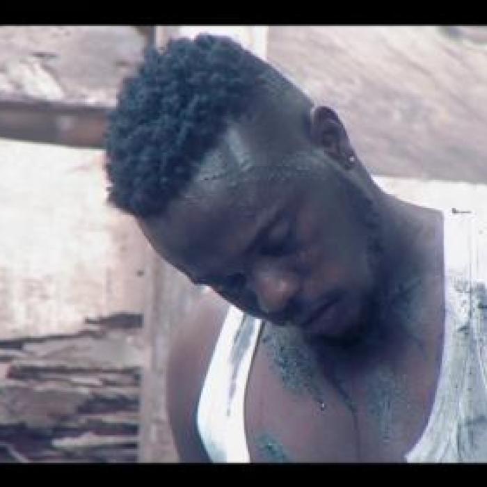 TAKUM ft Kelvyn Boy – Madanfo Metanfo (Official Video)
