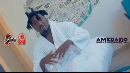 Amerado – Me Ho Y3 (Official Video)