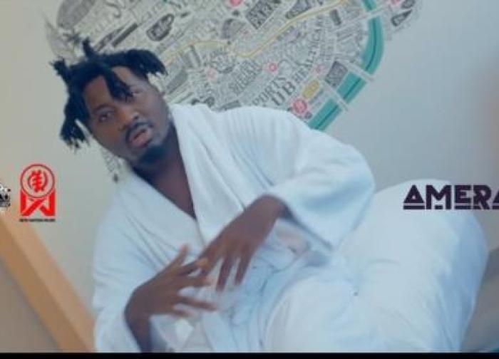 Amerado – Me Ho Y3 (Official Video)