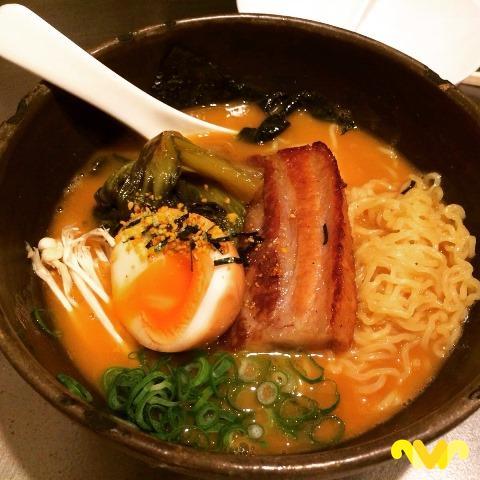 El Ramen es una sopa de origen chino que evolucionó en Japón. Chuka Ramen Bar. Madrid