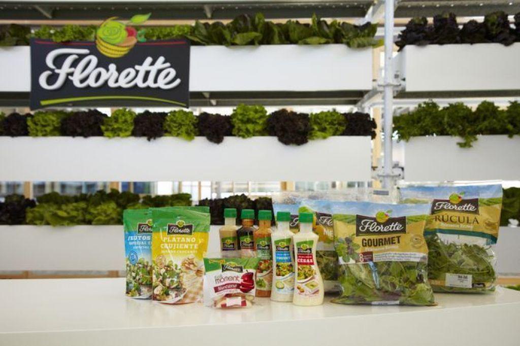 Florette cuenta con una gran variedad de ensaladas gourmet, deliciosas salsas y toppings.