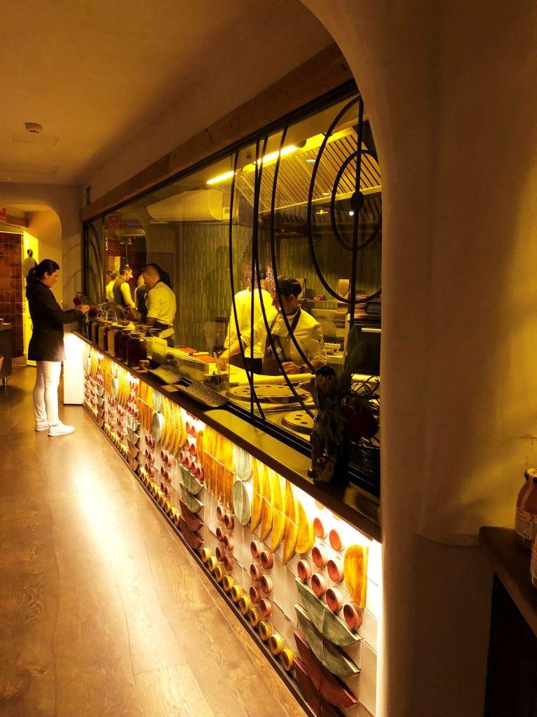 vivir-como-reyes-Aarde-Restaurante-parrilla