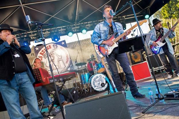 Sur la scène du Blues Rules Crissier Festival avec The BlueSpirit Band. © Oreste Di Cristino / leMultimedia.info