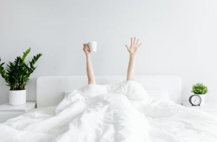 Comment je fais pour me lever tôt chaque matin ! (3 astuces qui changent tout)