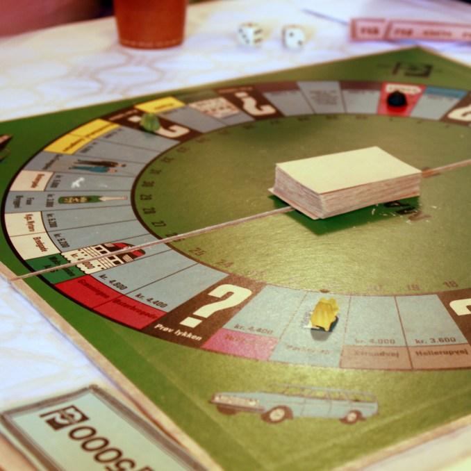 Matador, la version Danoise du Monopoly. Avec pour jetons des bonbons.