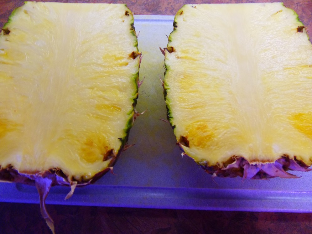 ananas coupé en 2