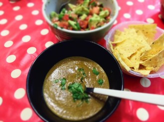 soupe haricots et salsa