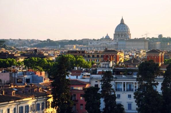 Rome lúc hoàng hôn từ đồi Pincio
