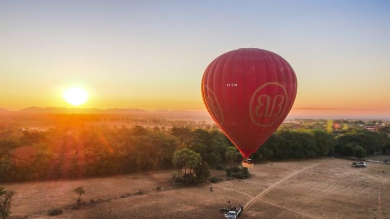 Balloons Over Bagan Lift Off