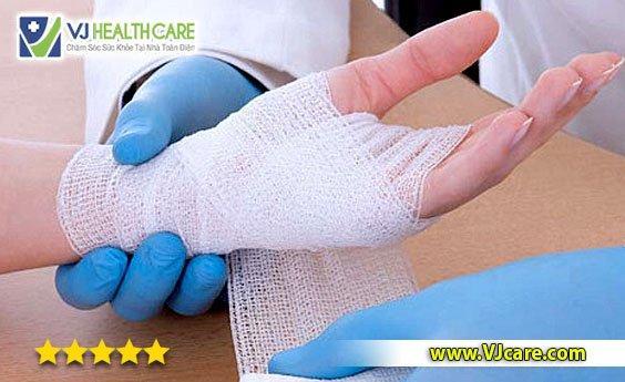 nhận thay băng vết thương tại nhà dịch vụ thay băng vết thương tại nhà tphcm