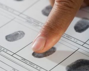 США будуть брати відбитки пальців при виїзді з країни