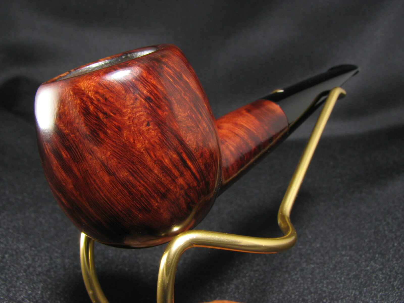 Dunhill why expensive are pipes Why are