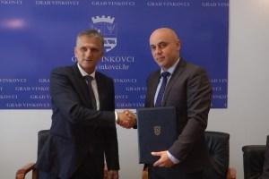 madarska skola ugovor ministar