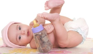 ребенок и монеты