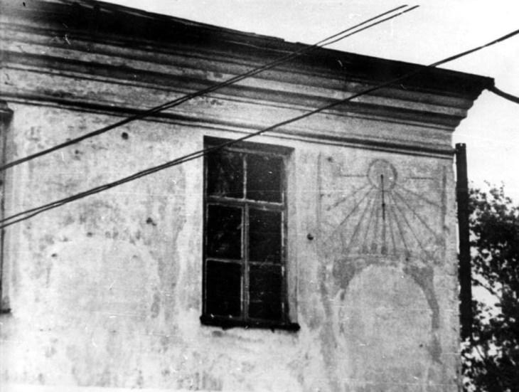 Главные Витебскиечасы «солидной конструкции»,как символ навсегда потерянного...
