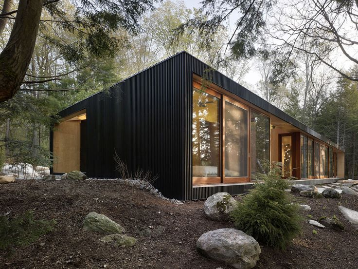 By MacLennan Jaunkalns Miller Architects