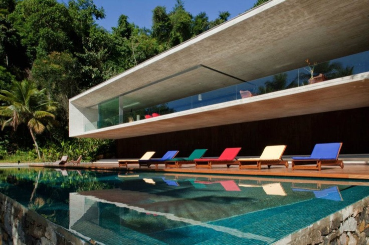 Paraty House by Marcio Kogan