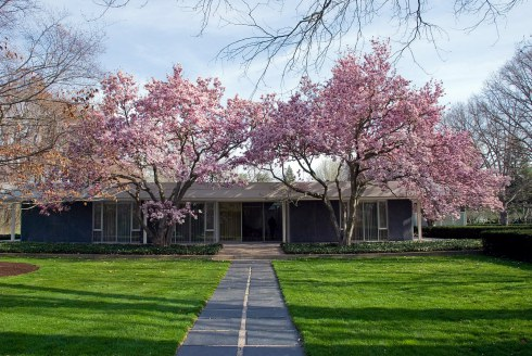 The Miller residence in Columbus, Indiana USA designed by Eero Saarinen, completed in 1957. It was built for American industrialist, philanthropist, and architecture patron J. Irwin Miller.