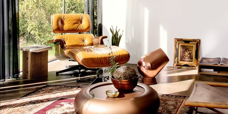 The famous Eames reclining chair - via Elle Decoration