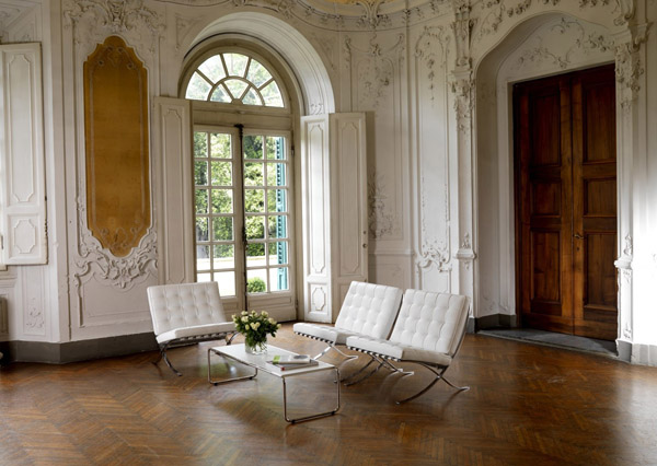 Great combination of Miesian modernism combined with classic Renaissance panelling and stucco