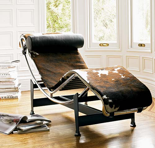 Le Corbusier LC-4 lounge chair designed in 1928