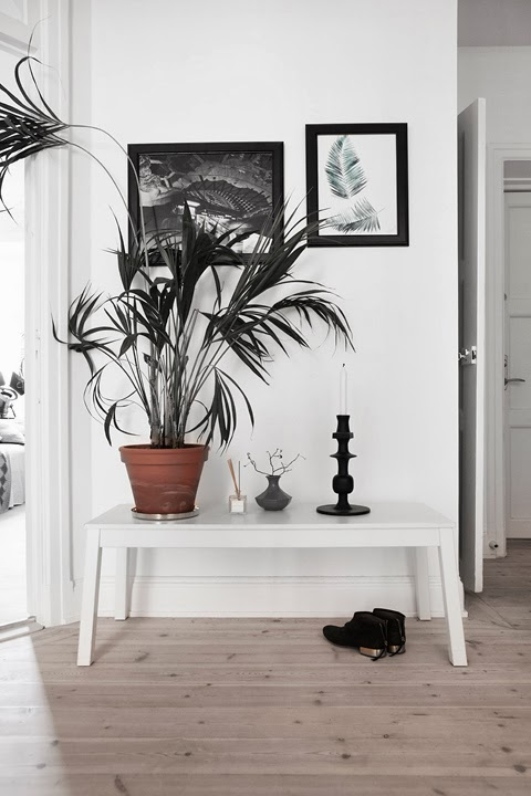 Black and white interiors - via My Scandinavian Home