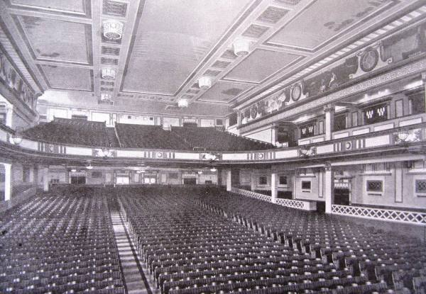 Motion picture theatres in the early 20th century | Tower ...