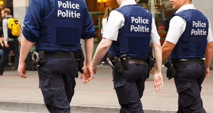 """Vlaams Belang Brussel klaagt """"socialistisch offensief tegen politie"""" aan"""