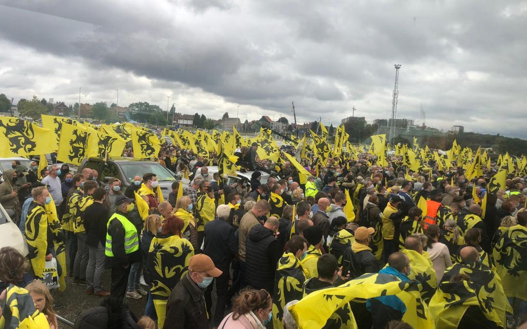 """Le Vlaams Belang organise un meeting de masse contre la """"Vivaldi"""" sur le plateau du Heysel"""