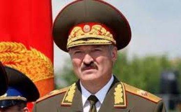 Лукашенко уволил двух генералов из-за плюшевых медвежат ...