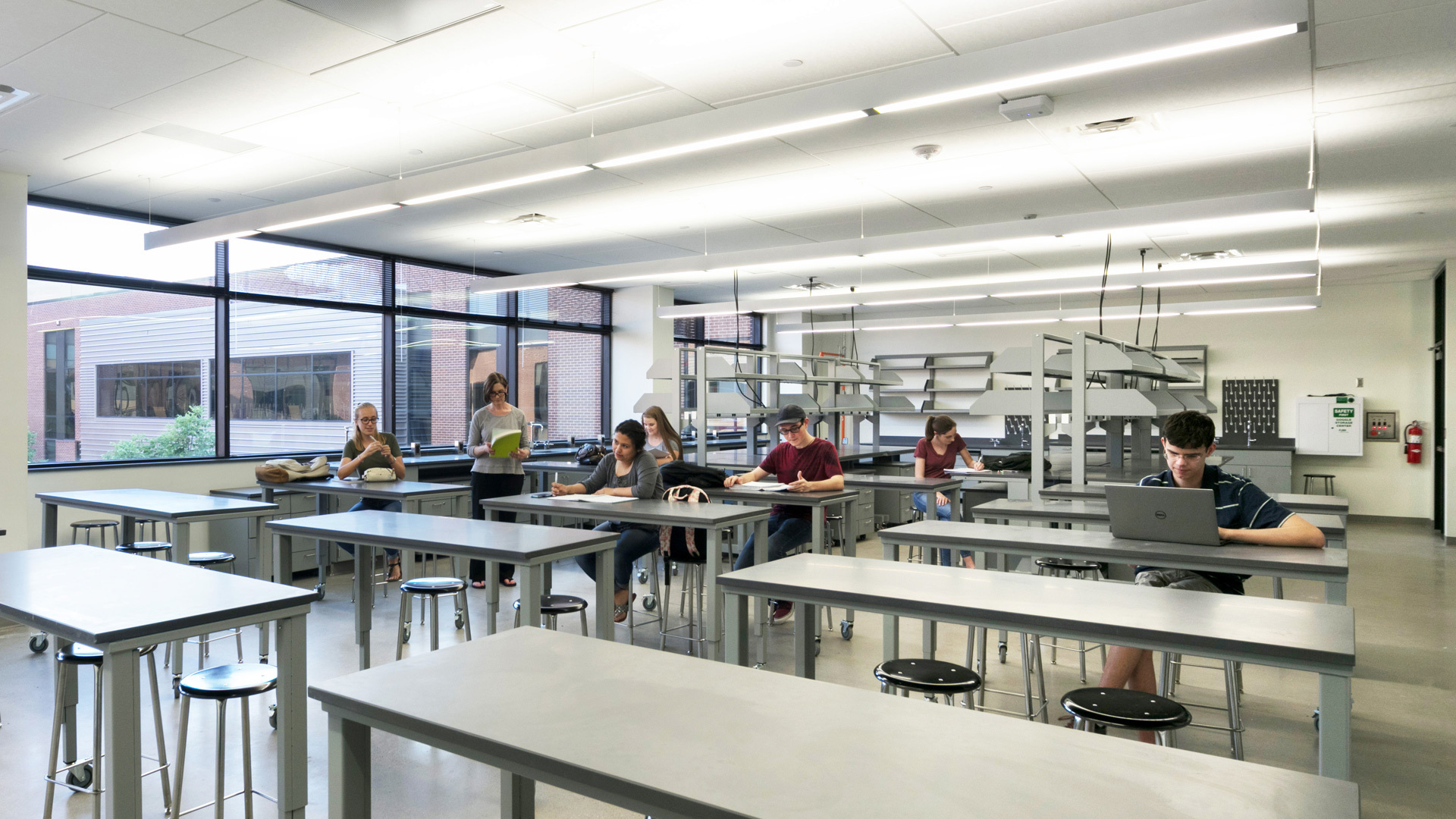 How To Design A Fantastic High School Science Lab For