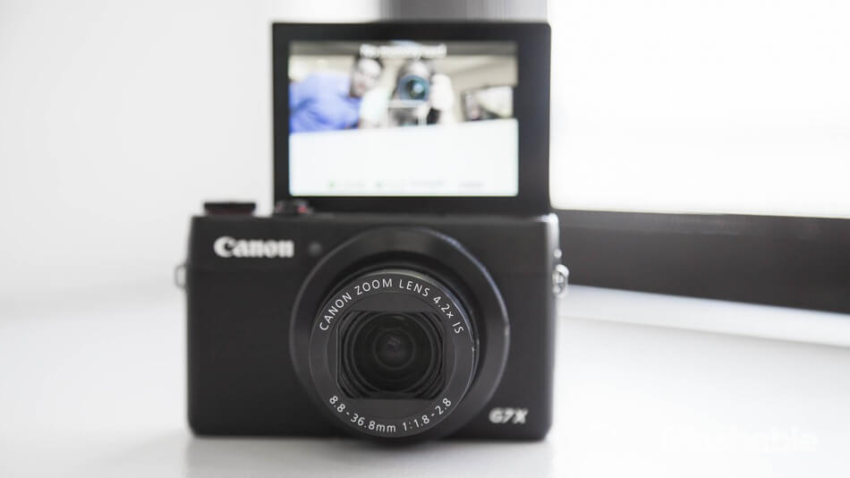 Best VLOGGING CAMERA | 30 Famous YOUTUBERS use | Revealed