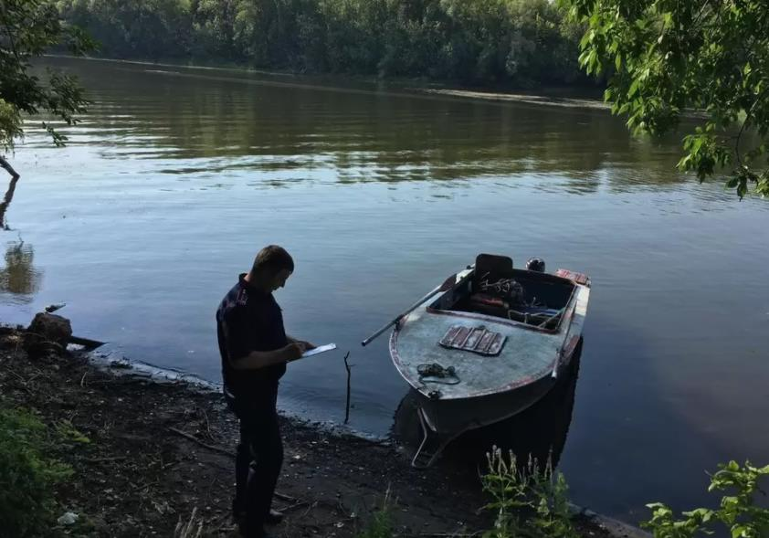 Пропавшего рыбака в Марксе нашли через три дня Читайте на WWW.SARATOV.KP.RU: https://www.saratov.kp.ru/online/news/4369080/