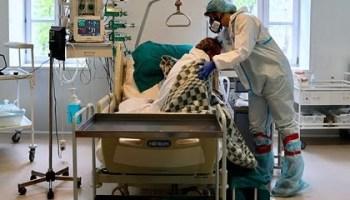 Россиян предупредили о четвертой волне коронавируса