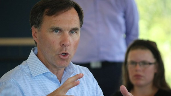 Finance Minister talks middle-class at town hall meeting ...