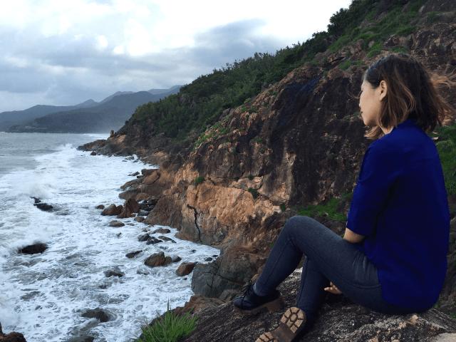 Trải nghiệm du lịch Việt Nam ở Quy Nhơn ngắm bãi tắm Tiên Sa-min