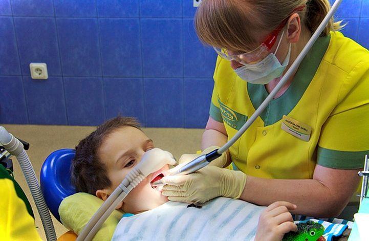 Лечение зубов под седацией. Лечение зубов без страха и боли под седацией