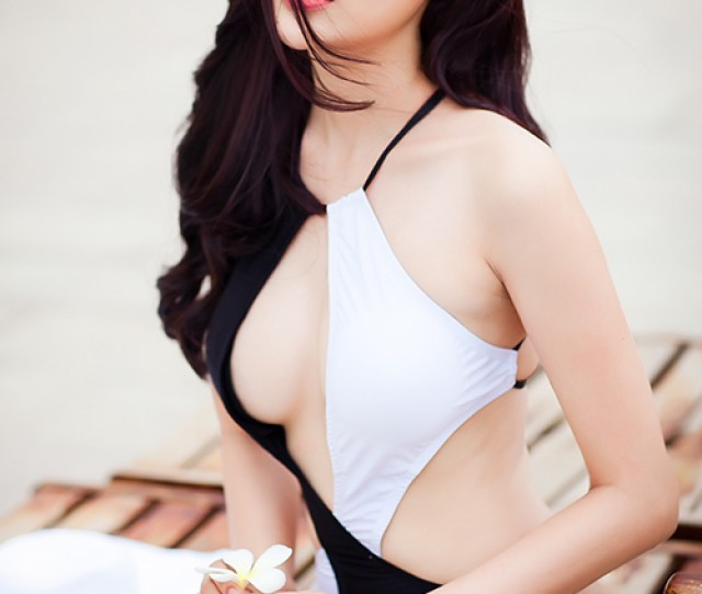 Summer With Vietnamese Model Cao Thai Ha