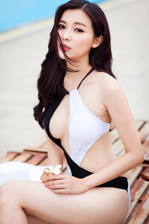 Summer With Vietnamese Model Cao Thai Ha