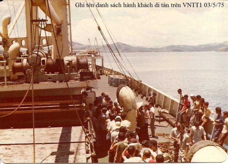 https://i1.wp.com/vnhanghaiphap.free.fr/wp-content/uploads/2017/04/Ghi-ten-tren-danh-sach-hanh-khach-di-tan-tren-VNTT1-03-05-1975-3-2-768x554.jpg