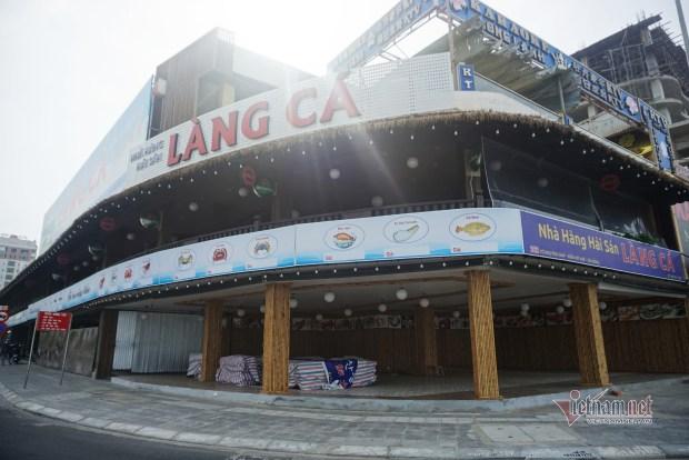 Nhà hàng xơ xác, khách sạn vắng lặng khó tin ở Đà Nẵng