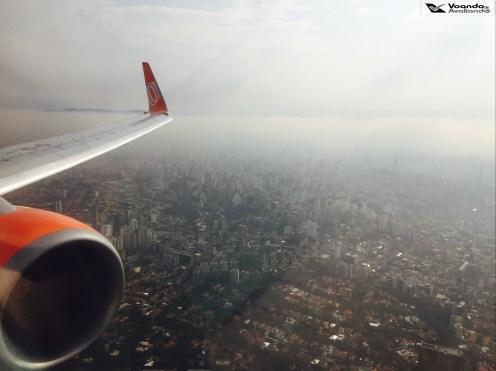 Névoa em São Paulo - turbina 737-8