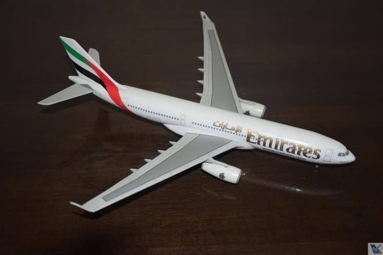 ___Emirates - A330