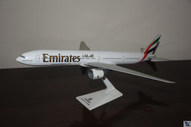 _Emirates - B777-300ER (3)