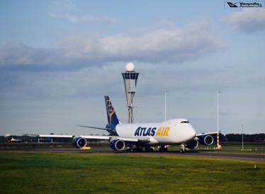 B747-8 - Atlas Air Cargo 1