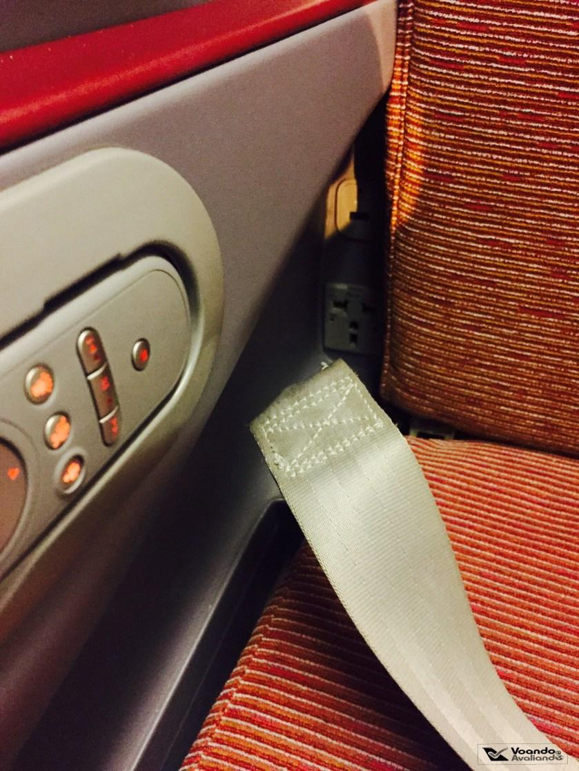 Tomada e USB - B767 LATAM 1
