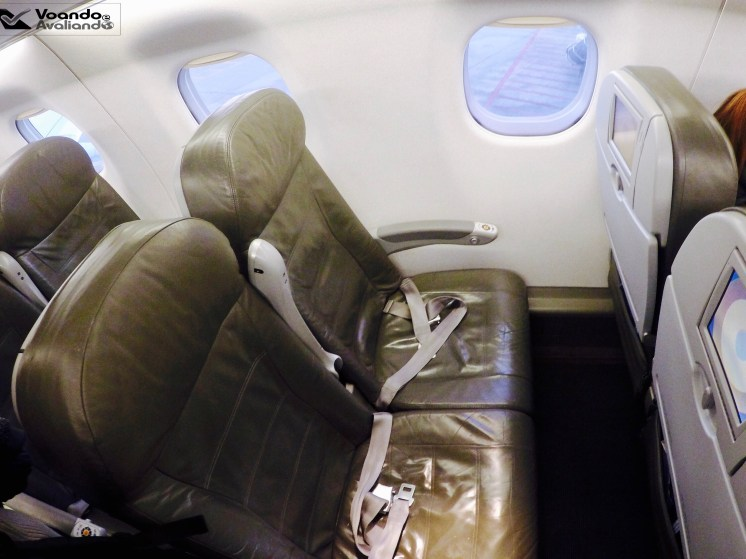 Inside - E190 - Jet Blue 4